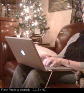 DECEMBER 2015 THE TECH WHISPERER - GUY ON LAPTOP